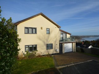 47639 House in Saundersfoot
