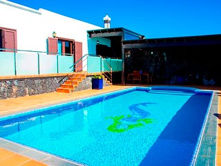 Los LLanos  House with private pool in Rural area in Teseguite