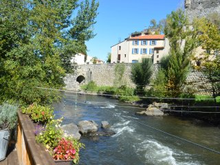 Riverside 4 bedroomed house in Quillan, full of character and charm