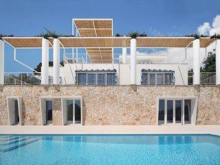 Villa Capri Experience
