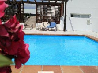 Apartamento Las Brisas - Playa Blanca - piscina - 300m del paseo maritimo