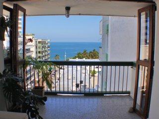 SMR500A- Apartamento Playa Azul Cerca al Mar