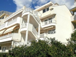 * Villa Bonaca - modern apartment in Dalmatia