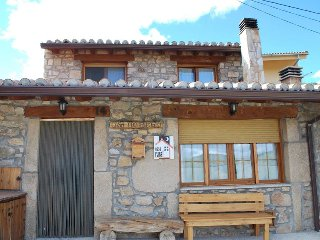 Casa Rural de 120 m2 para 6 personas en Navalperal de Tormes