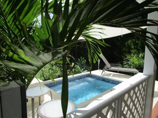 Pool Villa, 3 bedroom and garden, close to beach