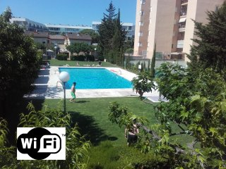 PE20 - Adosada para 7, 3 hab, piscina comunitaria