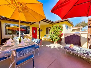20% OFF JAN! BOOK NOW! Charming Beach Home Only Steps to the Sand!