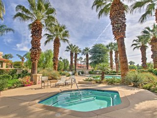 La Quinta PGA West Condo w/ Shared Pool & Hot Tub!