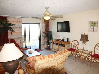 2 Bedrooms, 2.5 Bathrooms, Sleeps 6, Ocean View Condo, 4 Heated Pools, WiFi