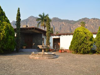 Beautiful Country House with the best view of Tepoztlan