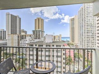 NEW! 1BR Honolulu Condo w/ Waikiki Beach Views!
