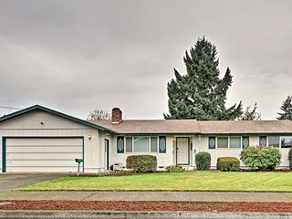 NEW! Ideally Located 3BR Eugene House w/ Fire Pit!