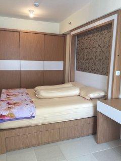 Bed size 160cm x 200cm