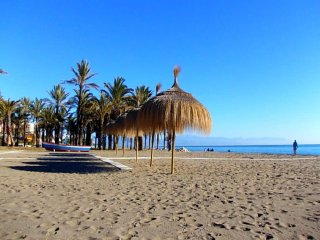 4 Bedroom apartment Torremolinos 50m from beach