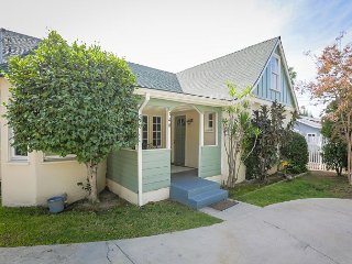 5BR Craftsman Duplex Near Old Town — Pool, Fire Pit & Historic Charm