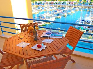 Luxury 1 Bedroom, Apartment Marina de Albufeira near Old Town