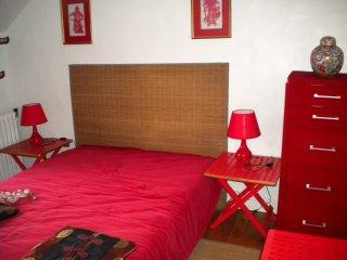Seine-et-Marne Holiday Home Sleeps 7 with WiFi - 5628116