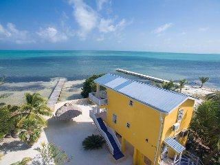 Casa de Mango, completely renovated Private Oceanfront Home with Beach & Pier