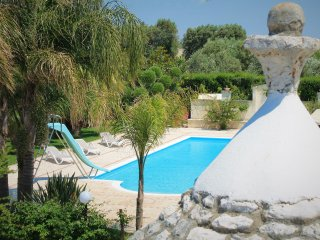 Trullo Poggio - Beautiful holiday house with pool