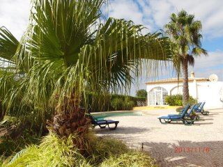 Casa Socavas is located in Espiche near Praia da Luz, with a nice beach