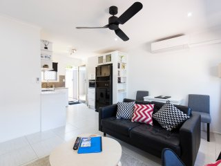 Brandy Beachside Gold Coast Apartment