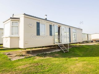 28003 Gainsborough Close area, 2 Bed, 4 Berth
