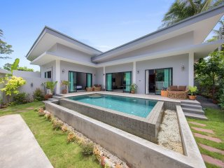 Hat Yai Villa Sleeps 7 with Pool Air Con and Free WiFi - 5676699