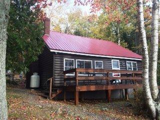 #112 Popular cabin on Moosehead Lake