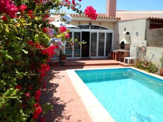 Cottage Aurora con wifi y piscina privada