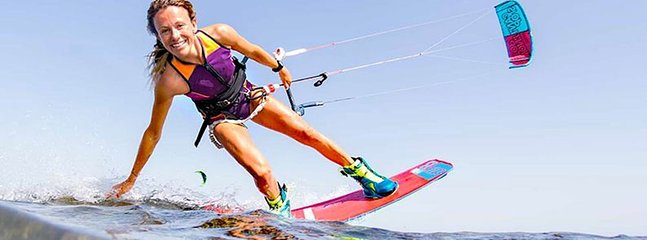 popular kite surf destination is on 3 miles