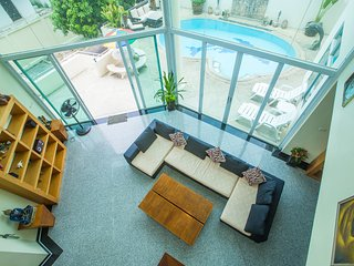 Penthouse Pool Villa in Pattaya city centre