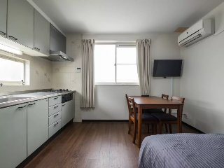 5 people Family room on the 2nd floor. Namba 10min★supermarket★Free pocket wifi
