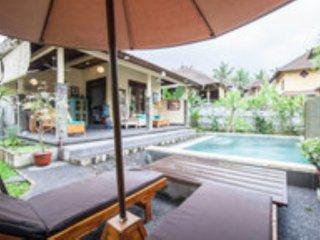 Gardenia Gardens/Best Breakfast in Bali