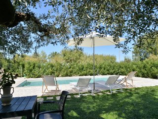An idyllic spot with fenced private pool & 24/7 personal concierge