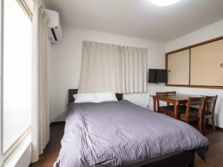 5 ppl Deluxe room on the 3rd floor. Namba 10min★supermarket★Free pocket wifi