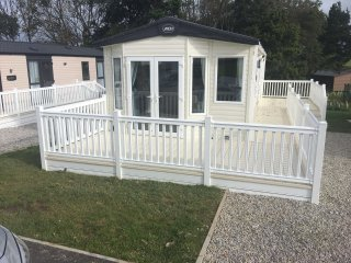 ABI Beachcomber superior holiday home sleeps 4-6
