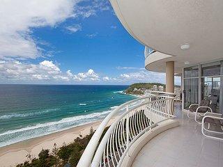 Beachfront Burleigh Heads 26 Floor! Sleeps 6 in 3 bedrooms and 2 bathrooms
