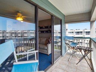 Casa Del Mar 383-Coastal Retreat