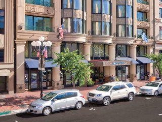 Beautiful Wyndham Harbour Lights -1 Bedroom Studio Suite in Gaslamp Quarter