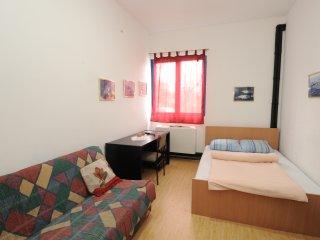 Room 2 (shared bathroom)