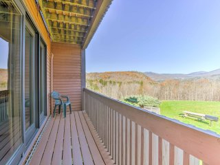 Bartlett Condo w/Balcony Views & Resort Amenities!