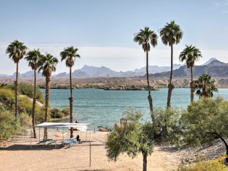 Lake Havasu City Home - Steps to Water w/Boat Slip