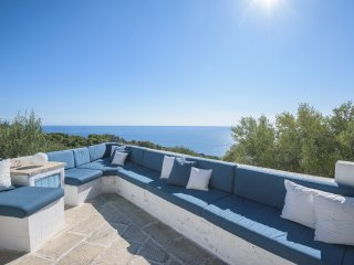 Wonderful Villa Sea View Terrace for 6 Guests