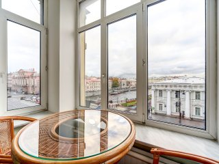 Wonderful apartment with an unrivalled view of the Fontanka River.
