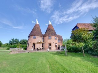 Hawkridge Oast 5 Bedroom Home in Sissinghurst