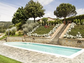 2 bedroom Villa in Cortona, Tuscany, Italy : ref 5472523