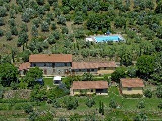6 bedroom Villa in Terontola, Tuscany, Italy : ref 5472529