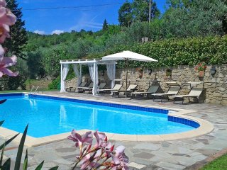 4 bedroom Villa in Pergo, Tuscany, Italy : ref 5472420