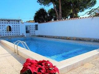 Villa con piscina privada totalmente renovada