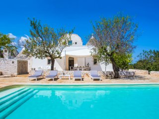 5 bedroom Villa in Alberobello, Apulia, Italy : ref 5456886